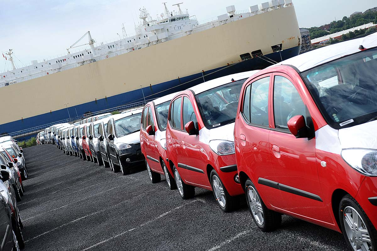 Import Duty Financing (Image of a fleet of newly imported cars)